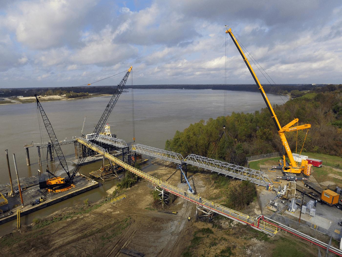 Kostmayer_dock_access_bridge_01_DJI_0306